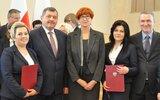 Krzywda: Ministerialne nagrody za pomaganie (foto)