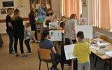 Komarów-Osada: Malowanie jak się patrzy (foto)