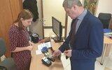 Głusk: Urzędowe płatności kartą i telefonem